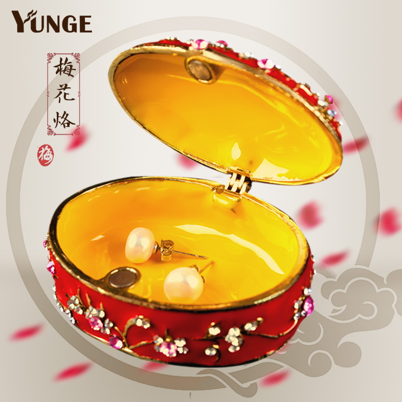 Factory direct sale China red painted diamond metal crafts jewelry box wedding gift creative practical gift
