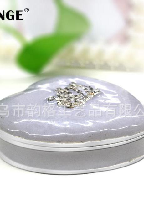Birthday gifts for girls creative boutique practical gifts silver-plated diamond crown metal crafts jewelry box