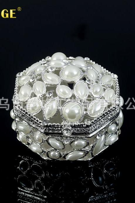 High-end wedding gift creative practical gift handmade pearl metal crafts jewelry box factory direct sales