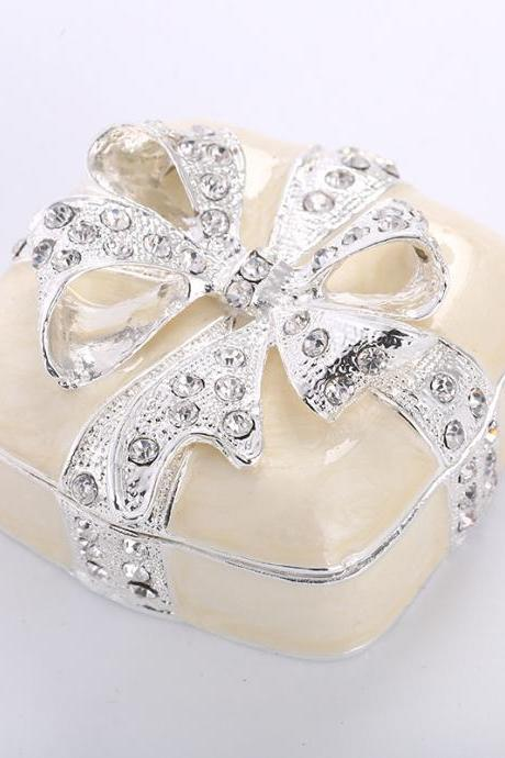 Promotional gifts Promotional gifts Practical 925 silver plated diamond bow crafts jewelry box custom